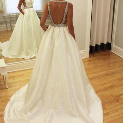 Sexy Deep V Neckline Wedding Dresse..