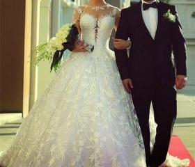 White Lace Wedding G..