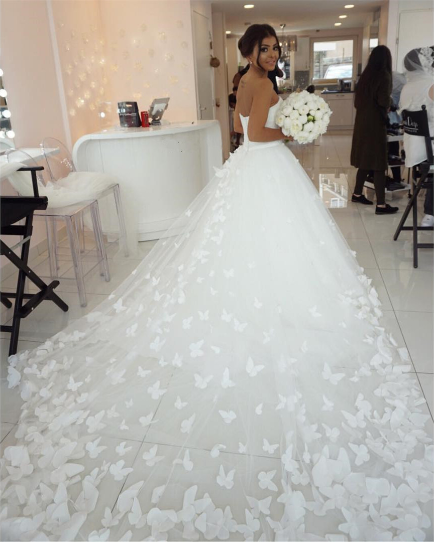 Butterfly Wedding Gown: Butterfly Wedding Dress,sweetheart Wedding Gowns,long