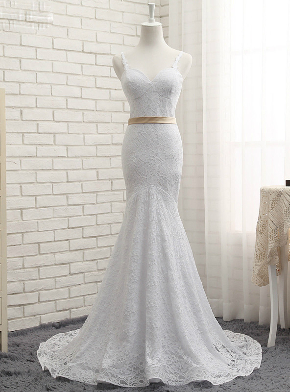 Sweetheart Spaghetti Strap Lace Mermaid Wedding Dress