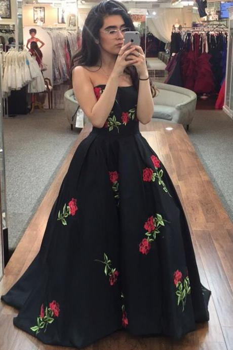 Ball gown floral flower print black sweetheart formal prom dresses