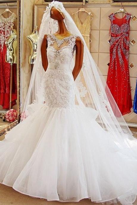 Custom white bridal gown hand-beaded mermaid lace wedding dress