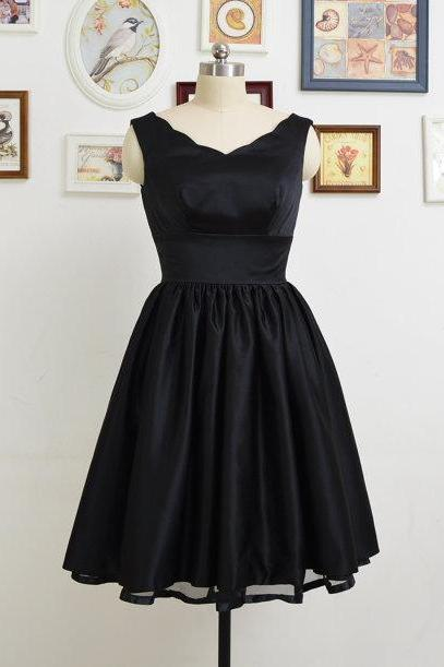 Short Black Dressses, V Neck Black Satin Homecoming Dresses, Simple Short Prom Dresses Mini Dresses