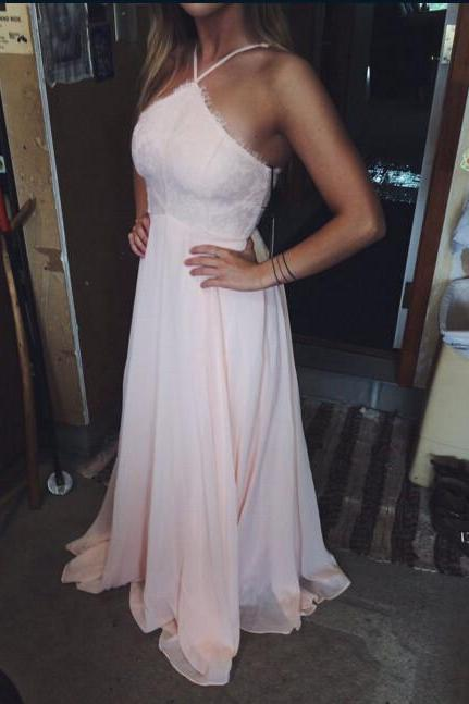 Chiffon Prom Dress with Halter Neckline Evening Party Dresses