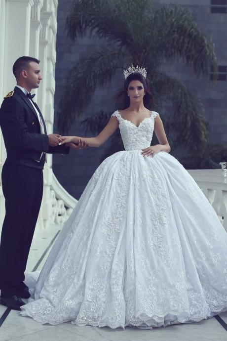 Fashionable Bridal Dresses & Gowns - Luulla