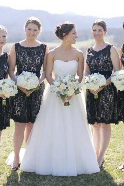 Scalloped Bateau Neck Short Bridesmaid Dress, Black Lace Knee Length Bridesmaid Dress, Key Hole Back Sash Bridesmaid Dress,