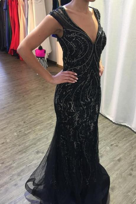 Cheap prom dresses 2017,Black Lace Mermaid Evening Dress 2017 Crystals Beaded Deep V neck Sexy Women Formal Gowns Back Keyhole Long Party Dress Top Quality