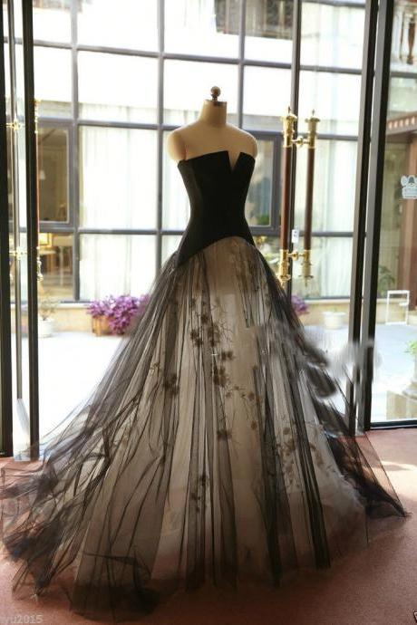 Cheap wedding dresses 2017,New Custom White/Ivory and Black applique Wedding Dress Bridal Gown Tulle custom