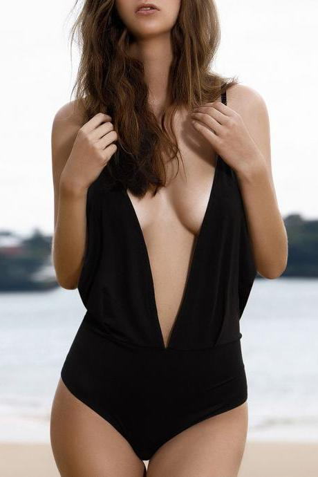 Plunge Backless One-Piece Swimwear - Black M
