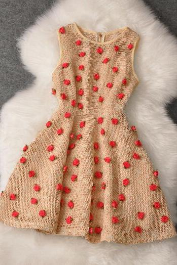 Embroidery Round Neck Sleeveless Dress