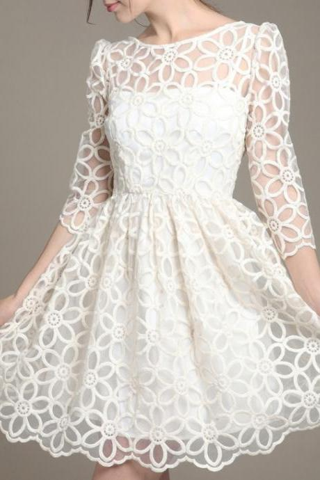 Korean Version Of Sweet Slim Long Sleeved Lace Dress