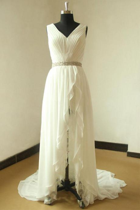 V-neck Wedding Dress,Sleeveless Wedding Dresses,Pleated Bridal Gown,Beading Wedding Dresses