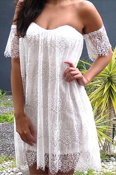 White Sweetheart Neckline Eyelash Lace Shift Dress