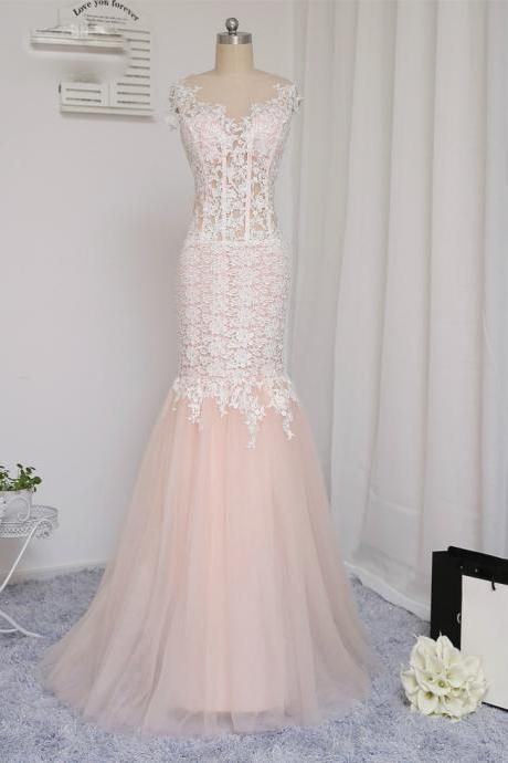 Champagne 2017 Prom Dresses Mermaid See Through Tulle Appliques Lace Long Prom Gown