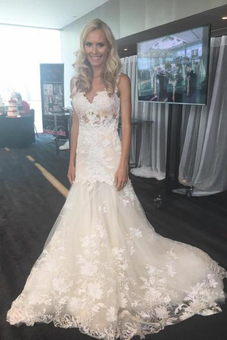 2018 Gorgeous Mermaid Long Lace Appliques Sweetheart Wedding Dress