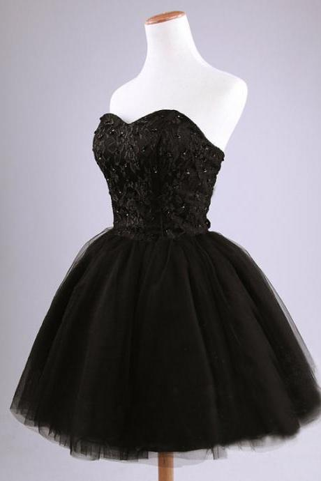 Black Lace Sweetheart Short Tulle Homecoming Dress