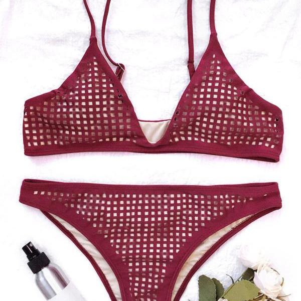 Square Laser Cut Bikini Top And Bottoms - Burgundy M