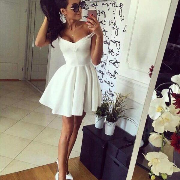 Off Shoulder Homecoming Dresses,Off-The-Shoulder Short Satin Homecoming Dress,A line Mini Prom Gown