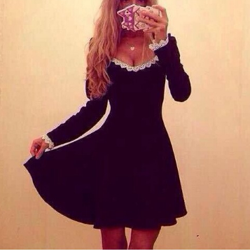 Slim V-neck long-sleeved dress