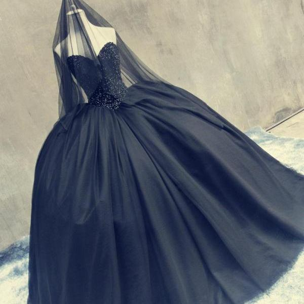 Gothic Black Wedding Prom Ball Gowns Sweetheart Heavy Stones Puffy Tulle Vintage
