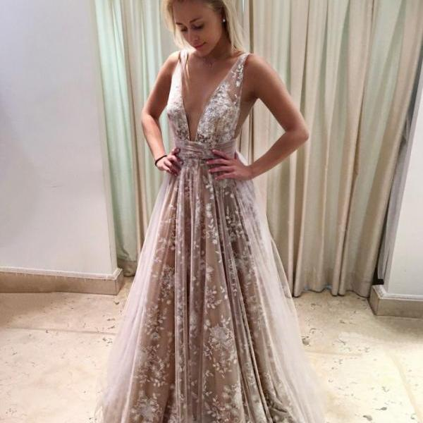 V-Neck Long Backless Champagne Tulle Prom Dress with Lace Prom Gowns