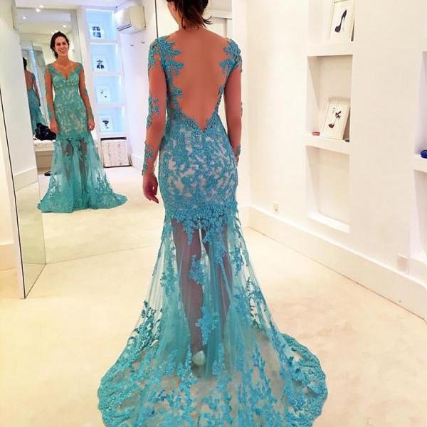 2017 Gorgeous Sky Blue V-neck Long Sleeves Lace Prom Dress with Lace Train